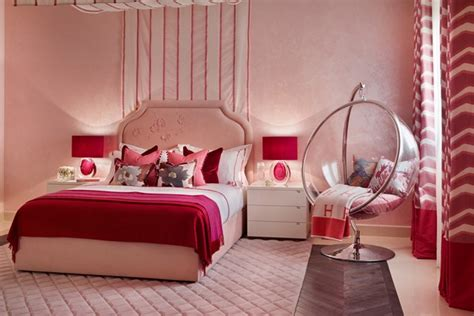 rich raspberry bedroom design ideas pictures