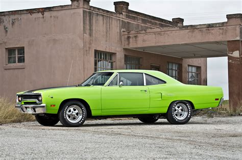 from to plymouth 1970 plymouth road runner from scam to glam rod