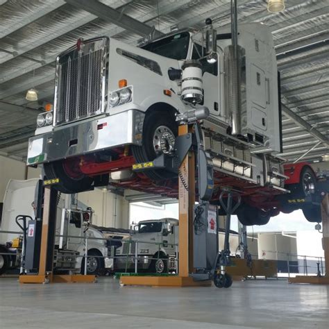 workshop layout for heavy equipment mobile truck bus lifting columns