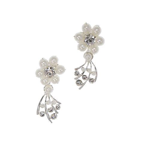 orecchini a fiore orecchini sposa a fiore con perle e swarovski 30bc arya
