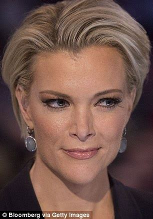 meghan kelly without makeup fox news megyn kelly steps out as diet book she touted