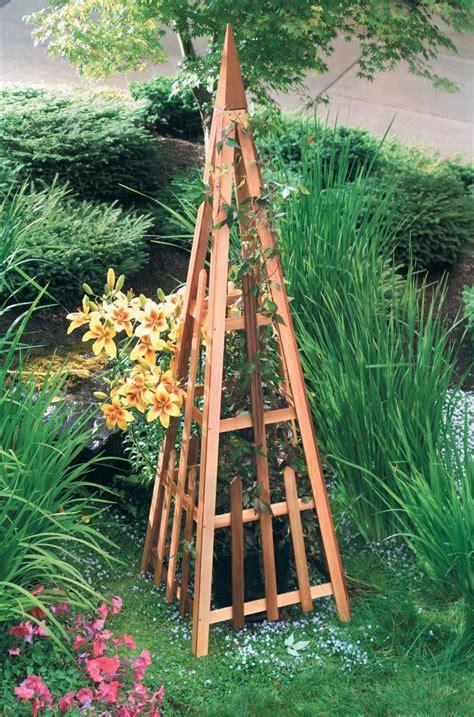 """Garden Trellis   81"""" Cedar Pyramid   820 1074 1"""