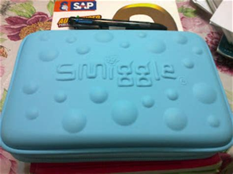 Smiggle 3 Zipper Hardtop Pencil 1 colourful pencil cases all about smiggle