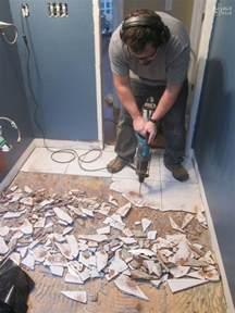 how to remove bathroom floor tile best 25 removing floor tiles ideas on pinterest small