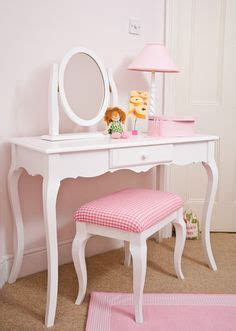 girls bedroom dressing table 1000 images about girls room ideas on pinterest dressing tables white vanity table
