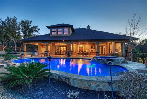 lake home airbnb 4br 4ba luxury lake house pool houses for rent in austin