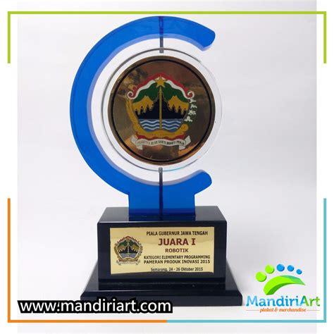 Plakat Penghargaan by Plakat Akrilik Penghargaan Gubernur Jawa Tengah