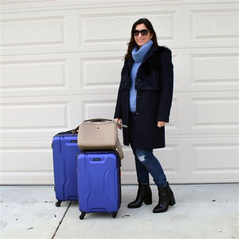 comfortable pants for air travel travel outfit to new york fashion week bay area fashionista