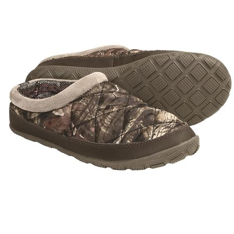 camouflage slippers columbia sportswear packed out omni heat 174 camo slippers