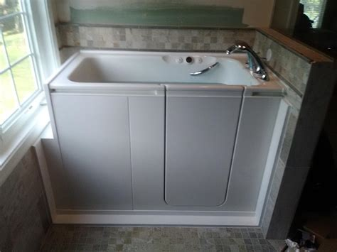 Kohler Walk In Bathtubs by Home Smart Walk In Tubs Photo Album Kohler Walk In