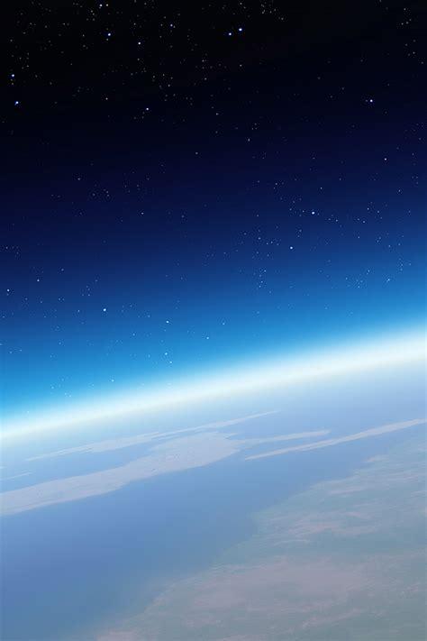 freeios earth  space parallax hd iphone ipad wallpaper