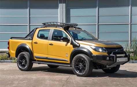 Chevy S10 by Chevy S10 Trailboss Concept Looks More Tonka Than Bumblee