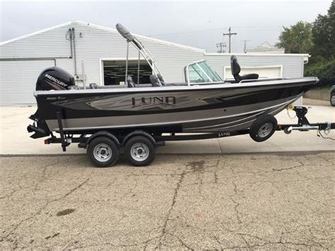 2017 lund 1900 tyee 19 foot 2017 boat in hennepin il - Lund Boats Hennepin Il