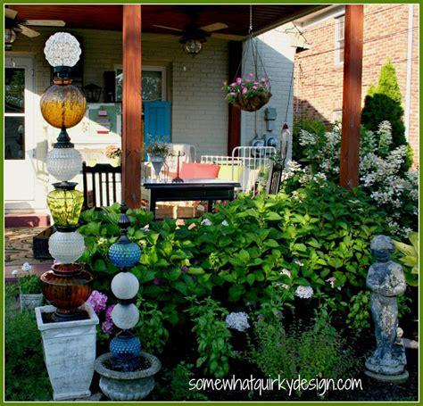 Glass Garden Diy 5 Glass Garden Totems That Will Glitter In The Sun