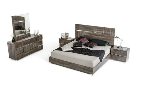 italian lacquer bedroom furniture picasso italian modern grey lacquer bedroom set modern