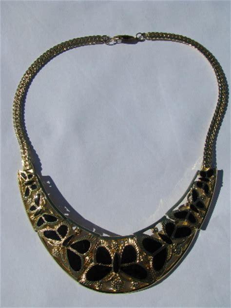 retro butterflies 70s vintage choker collar necklace mod