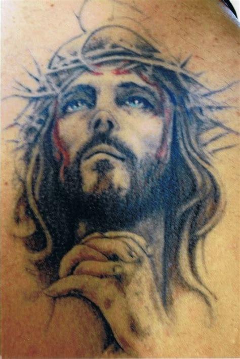 imagenes de tattoo de jesus 80 tatouages de j 233 sus christ pour les personnes religieuses