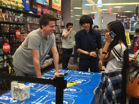 charlie puth fans charlie puth and his nine track mind visit the bay area