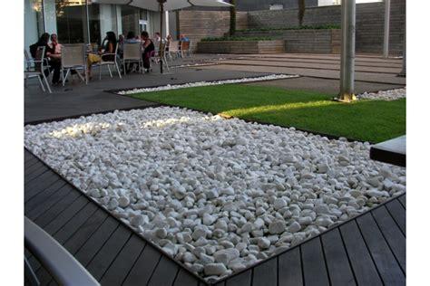 sassi bianchi da giardino prezzo ciottoli bianco carrara buste da kg 25 michele cioffi