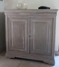 peindre un meuble en merisier peintures et enduits