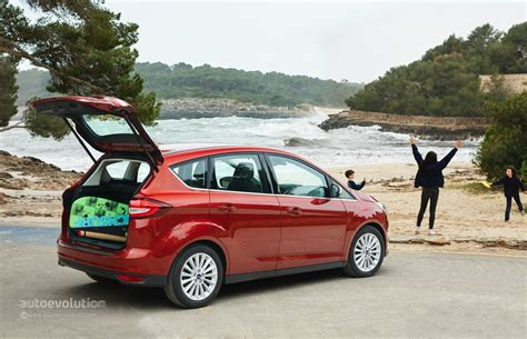 ford cmax review 2015 ford c max and grand c max review autoevolution