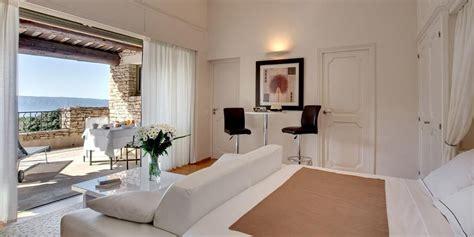 chambre d hotes de luxe s 233 journer 224 gordes dans une chambre d h 244 tes de luxe le