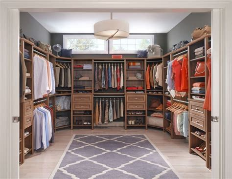 Closetmaid Walk In Closet 1000 Images About Bedroom Closets On Master