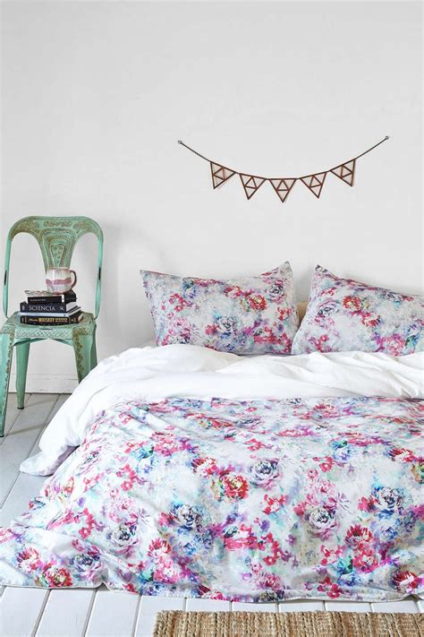 floral bedroom stylish plum and bow bedding homesfeed