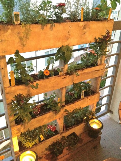 herb garden ideas pinterest diy pallet herb garden woodworking projects pinterest