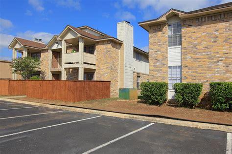 Appartments In San Antonio by Villas De La Cascada Apartments San Antonio Tx 78251