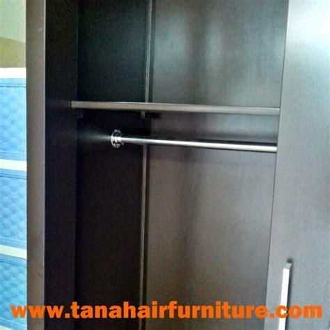 Lemari Pakaian Pintu 2 lemari pakaian pintu geser 2 pintu warna coklat tak