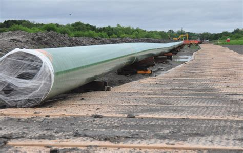 Newpark Mats by Advanced Composite Matting Systems Enhance Pipeline Safety