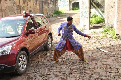 azizi as a marriage bureau owner 12 07 2012 khiladi 786 2012 covering media