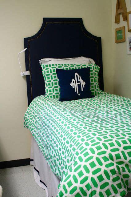 kelly green comforter best 25 kelly green bedrooms ideas on pinterest bedroom