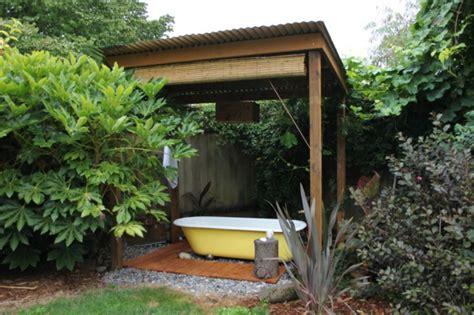 badewanne im garten entspannende badewanne im garten genie 223 en