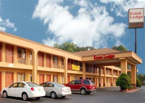waffle house forest park ga pet friendly hotel econo lodge forest park in forest park ga pets can stay inc