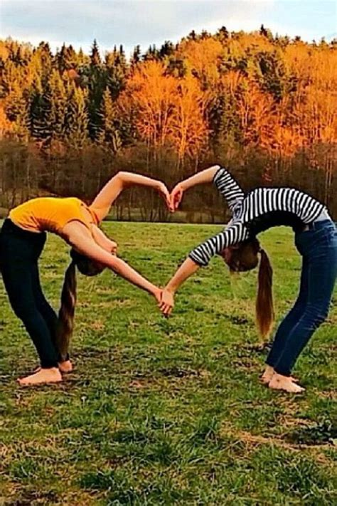 best friend pictures 20 and creative best friend photoshoot ideas 2017