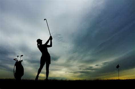 golf swing for women how to improve the ladies golf swing best ladies golf bags