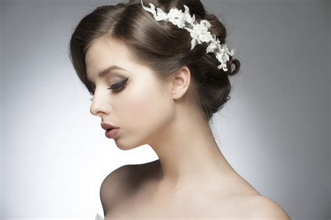 5 romantic hairstyles for valentine s day romantic hairstyle for valentine s day