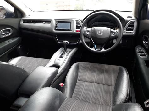 Honda Hrv E Cvt 1 5 hr v honda hrv e cvt 1 5 th 2015 automatic mobilbekas
