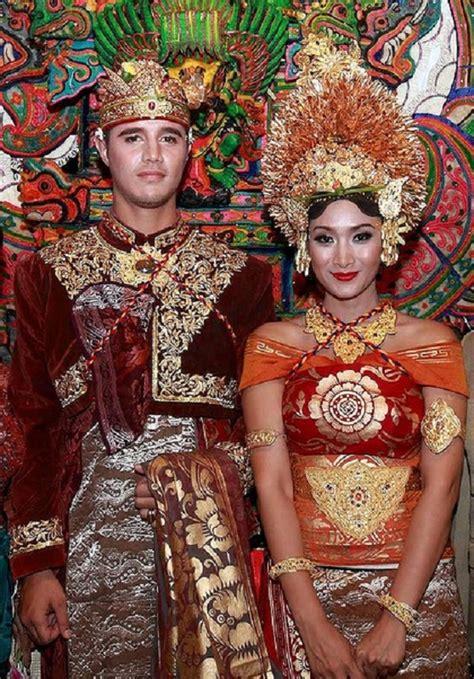 Sofia Melati Kebaya Kuning Manis news