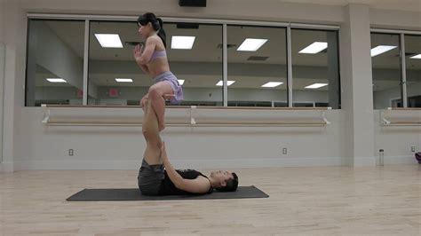 acro yoga tutorial beginner beginner acro yoga flow sequence 1 tutorial youtube