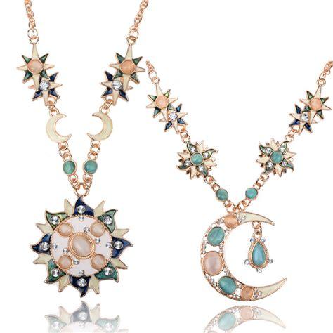 Kalung Fashion Sun Moon Pendant Simple Necklace Terlaris gold sun moon drop flower pendant chain necklace jewelry charm ebay