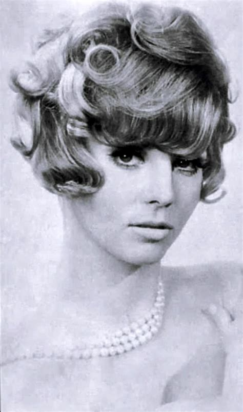 5 facts about 1960 hairstyles layered curly hair the favorite hairstyle of women from
