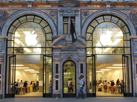 apple london the apple store regent street images mayfair london
