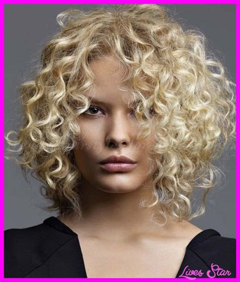 will medium curly hair make your face fat medium curly haircut for round face livesstar com
