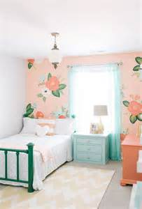 awesome Small Great Room Decorating Ideas #6: 10-reasons-why-you-should-decorate-with-peach-.jpg