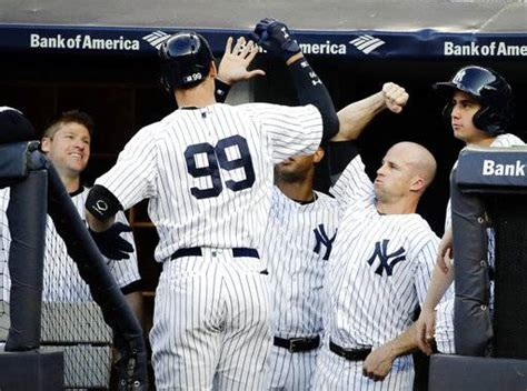 aaron judge the story of the new york yankees home run hitting phenom books judge yankees batter orioles 16 3 for 4th win