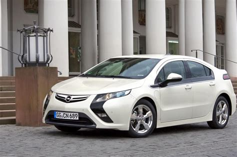 Opel Volt by Strong Demand For The Chevy Volt S European Cousin
