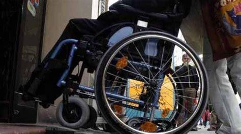 sclerosi multipla sedia a rotelle sclerosi multipla addio arriva il farmaco miracoloso e